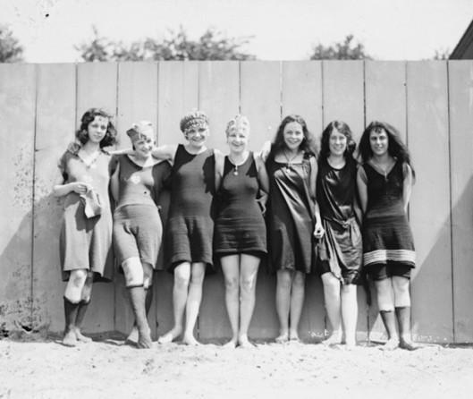 trajes-bano-anos-20